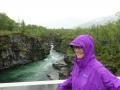 Abiskojokkas kanjon vid fjällstationen, i regn