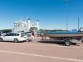 Måsbåten väntar på färjan i Långnäs