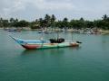 Fiskebåt vid Mirissas hamn