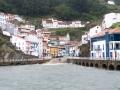 Cudilero från sjösidan