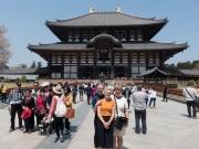 Todai-ji - stort tempel med stor Budda